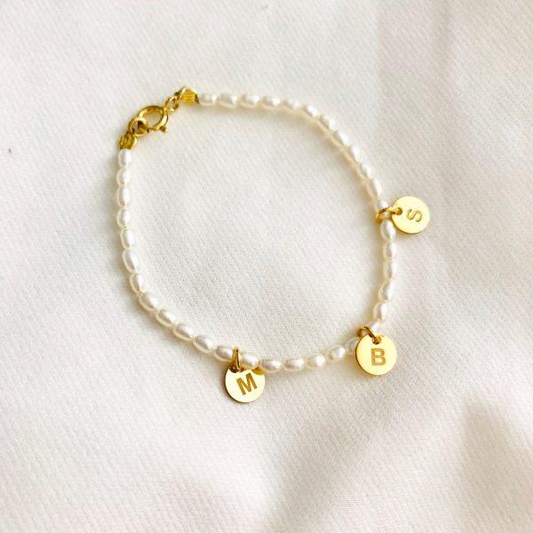 pulsera perlas letras