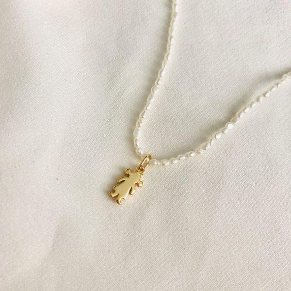collar perla niña