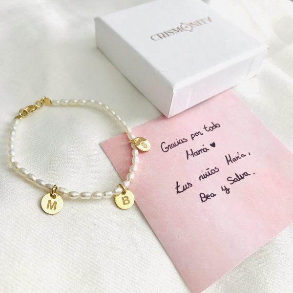 pulsera letras perlas cultivadas
